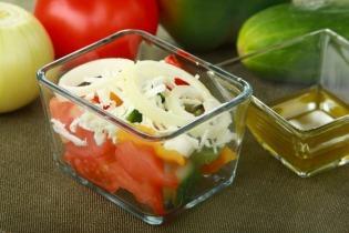 Sült paprikás görög saláta