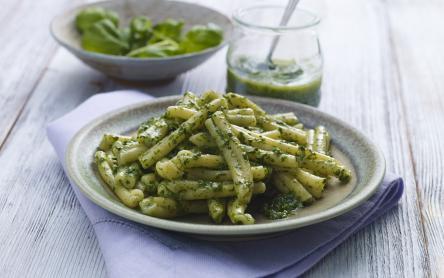 Zöldbab saláta bazsalikommártással