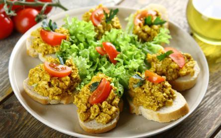Currys csirkés szendvics