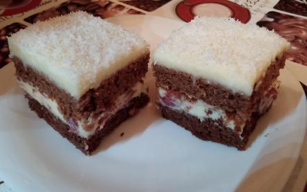 Kókuszos-meggyes süti