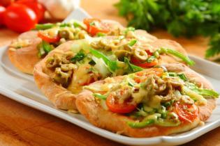 Zöldséges kenyérlángos