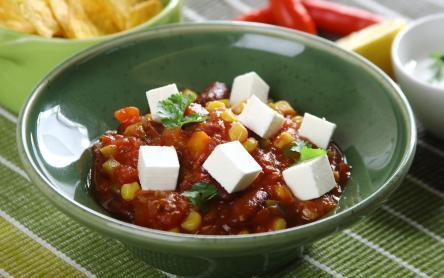 Zöldséges chili feta sajttal