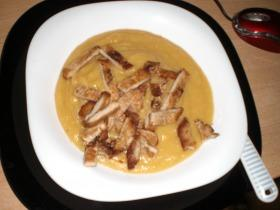 Sárgaborsó főzelék sült hússal