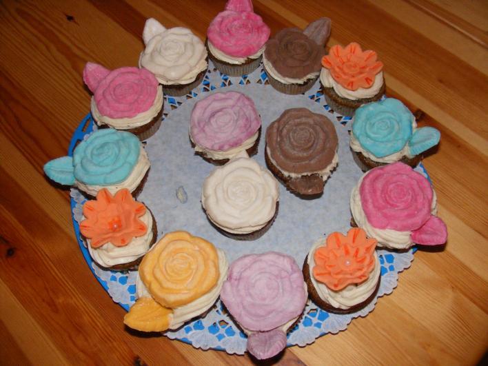 Mákos muffin, vaníliás krémmel