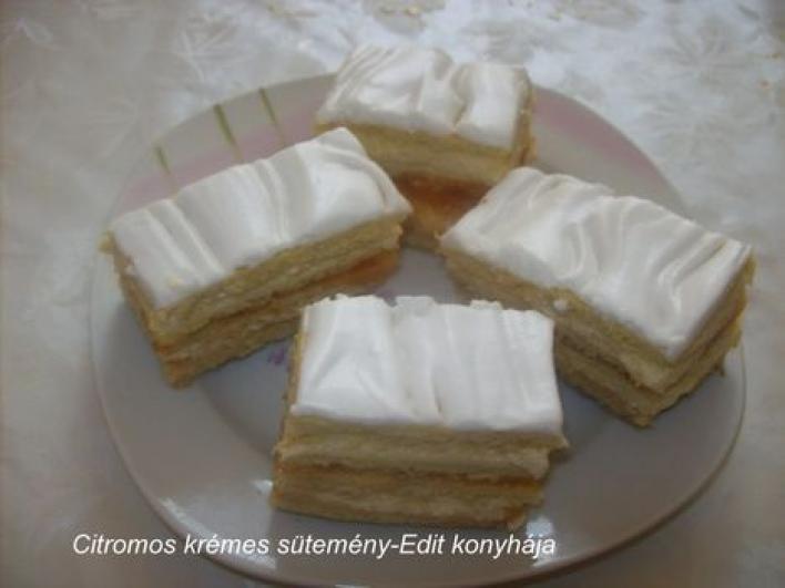 Citromos, krémes sütemény