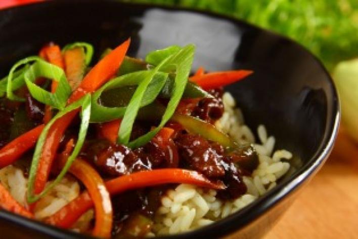 Marhahús gyömbérrel és zöldségekkel