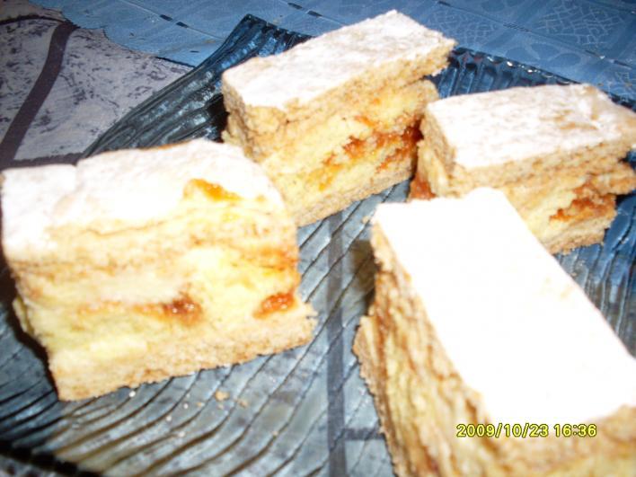 Piskótatekercses süti
