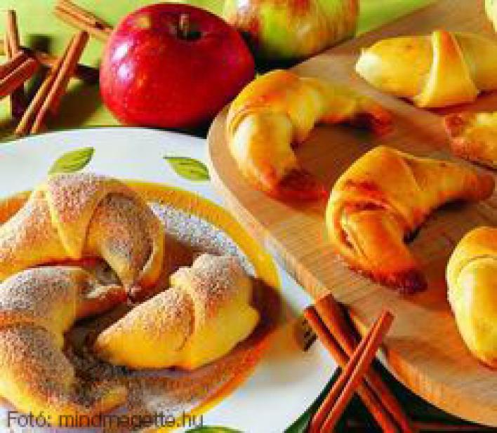 Almás, fahéjas kiflik