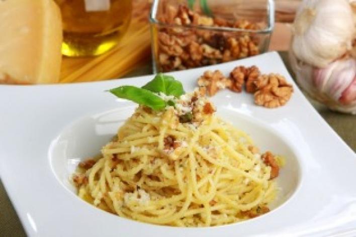Petrezselymes-diós spagetti