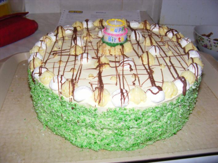 Vaníliás, pudingos kókuszos torta