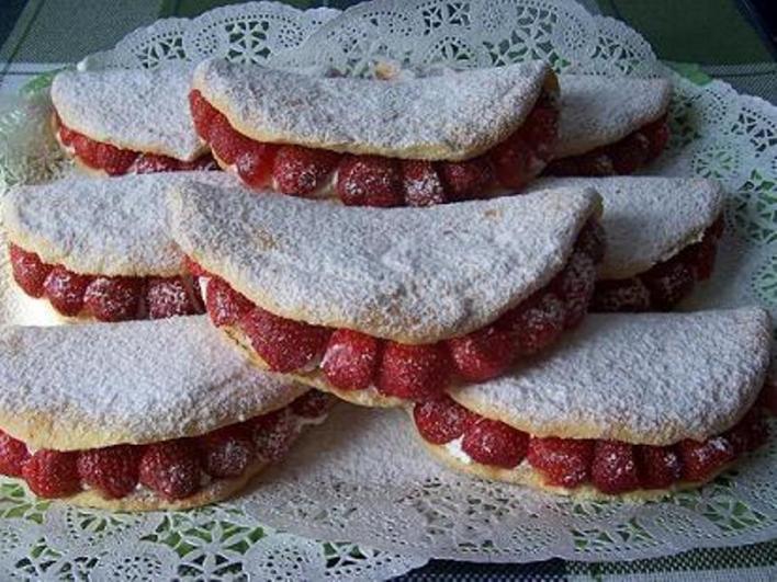 Epres piskóta omlett