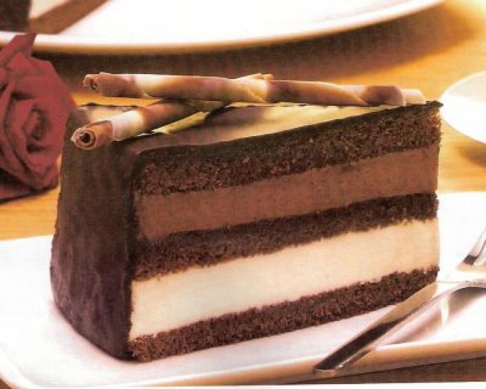 Kakaós tejszínes torta