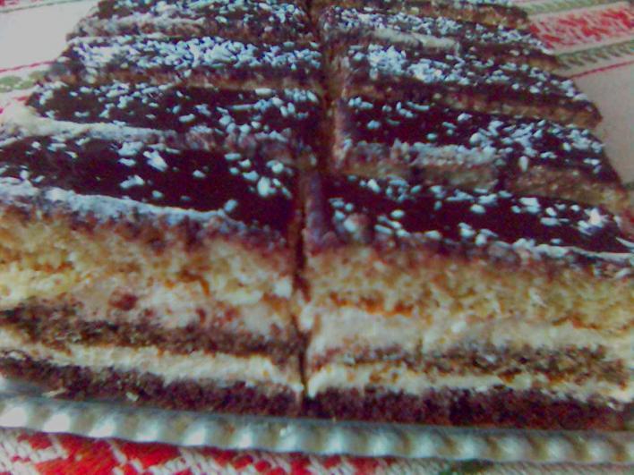 Rendhagyó csíkos süti