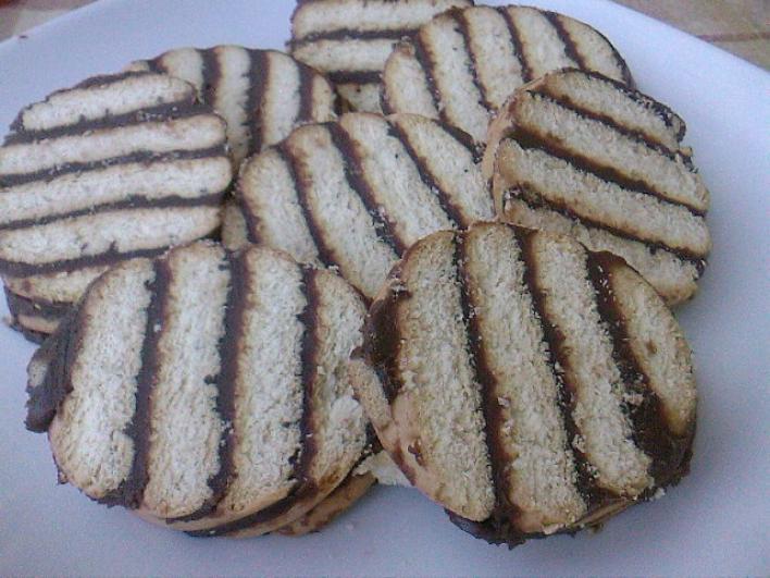 Csíkos szelet sütés nélkül