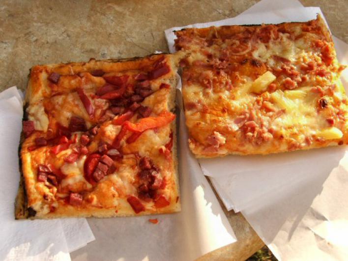 Spórolós pizza