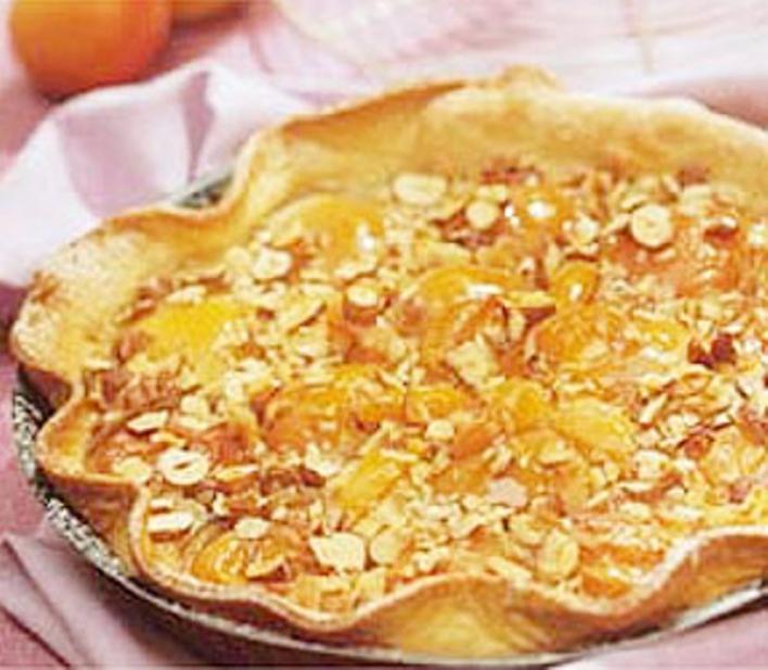 Sárgabarackos-mogyorós torta