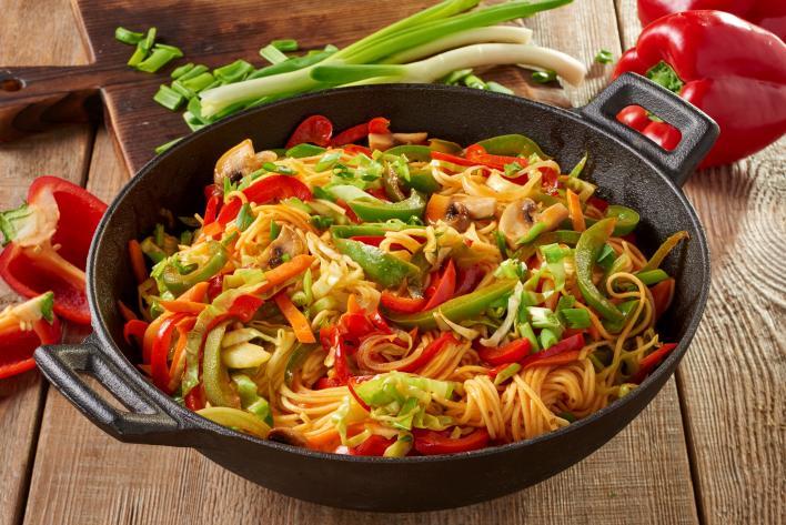 Édes-savanyú zöldséges tészta