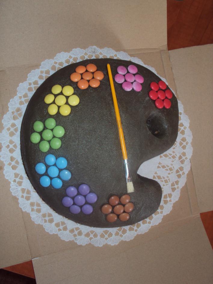 Gesztenyés torta, marcipán díszítéssel