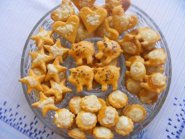 Apró sajtos kekszek