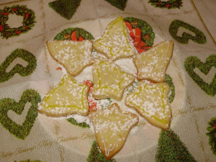 Narancsos, harang formájú keksz