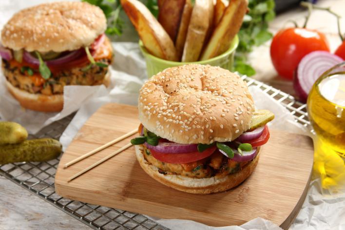 Szaftos pulyka sajtburger
