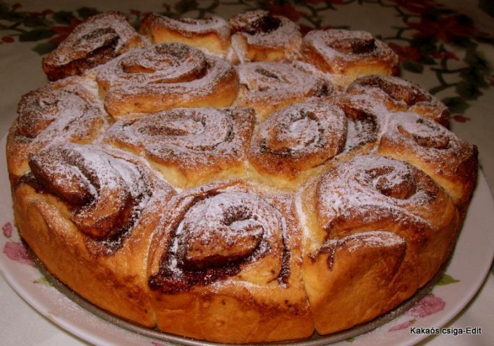 Kakaós csiga tortaformában