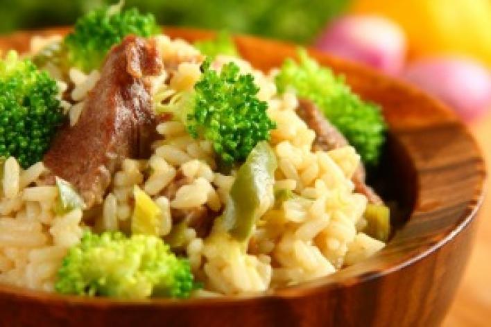 Tarjás zöldséges rizs