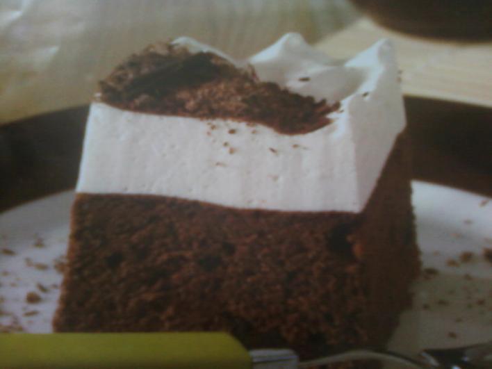 Joghurtos csokoládé szelet