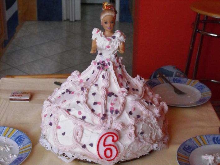 Szülinapi Barbi torta