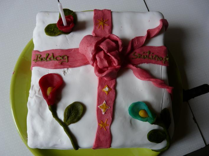 Ajándék torta
