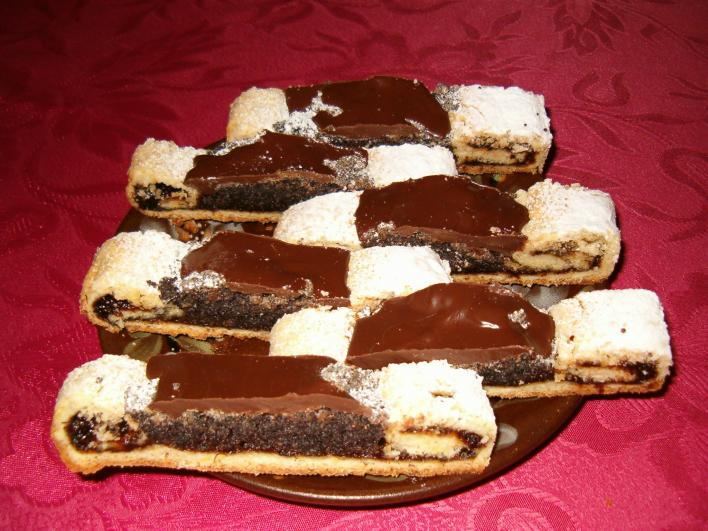 Mákos, szilvalekváros sütemény