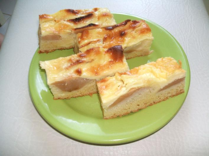 Francia tejfölös, almás szelet