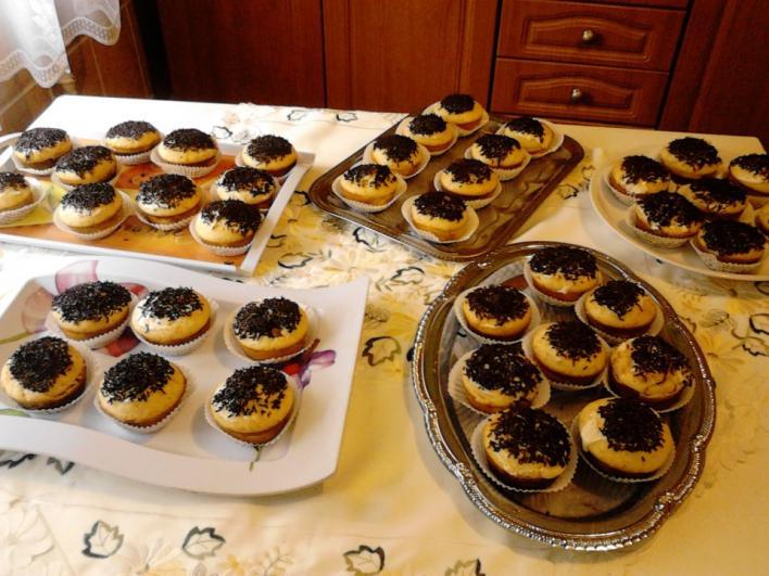 Narancsos, csokis,  gumicukros muffin
