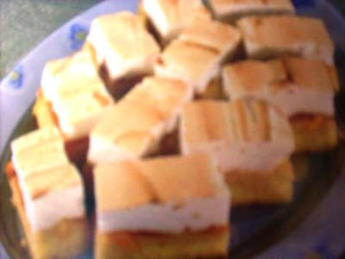 Bécsi barackos sütemény