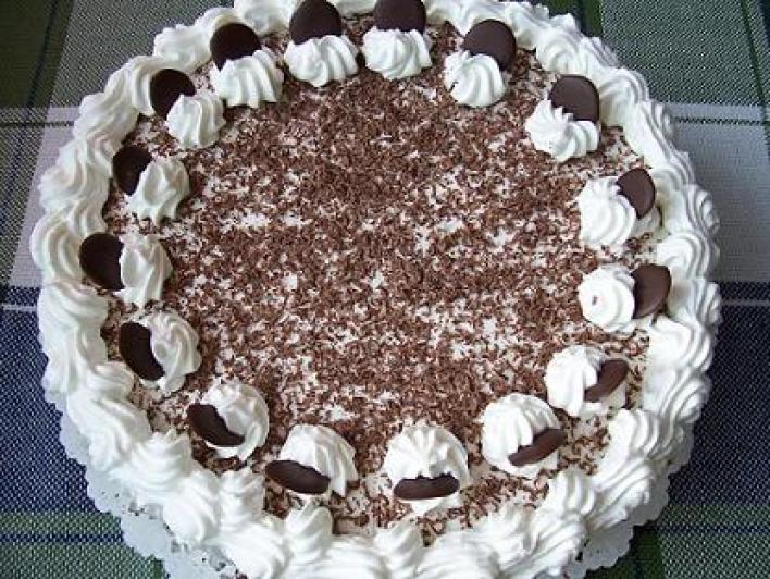 Gyerek mogyorós torta