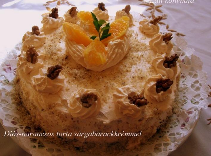 Diós-narancsos torta sárgabarackrémmel